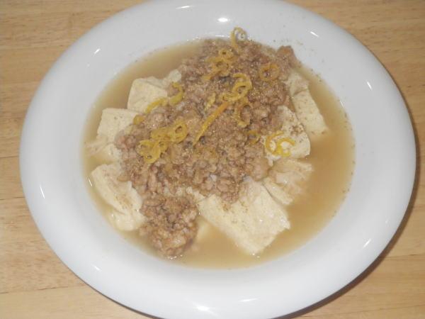 自家製凍り豆腐と鶏そぼろの煮込み